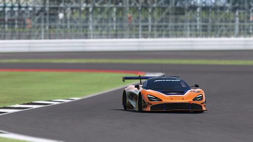 rF2 McLaren 720S GT3 2