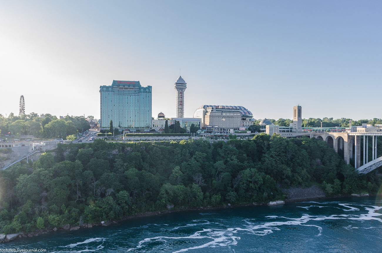 Niagara_Falls-1-3