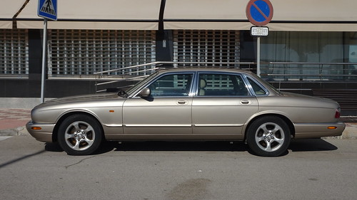 Jaguar XJ Sovereign_02990