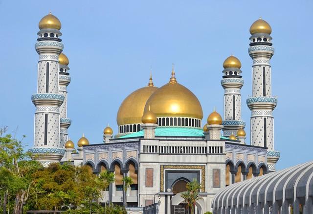 kota kinabalu brunei itinerary Jame' Asr Hassanil Bolkiah Mosque