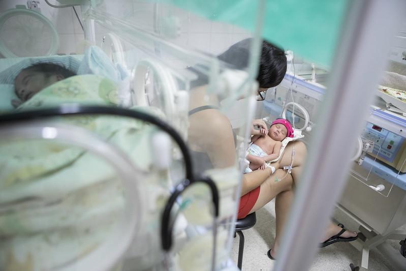 Exposição Entre tanto amor, o hospital