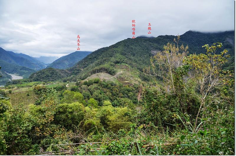 老勤和山頂東北望歐帕喀爾山 1-1