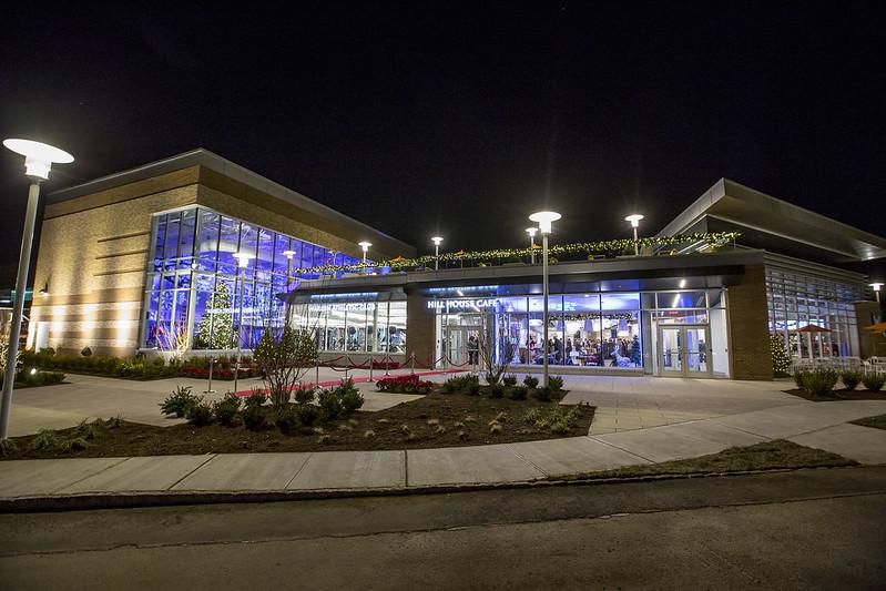 Vision Real Estate Partners unveils Warren amenity building
