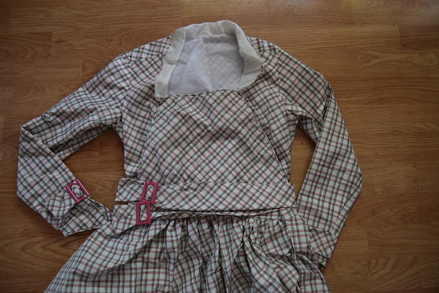 Plaid Dress Fastenings 6