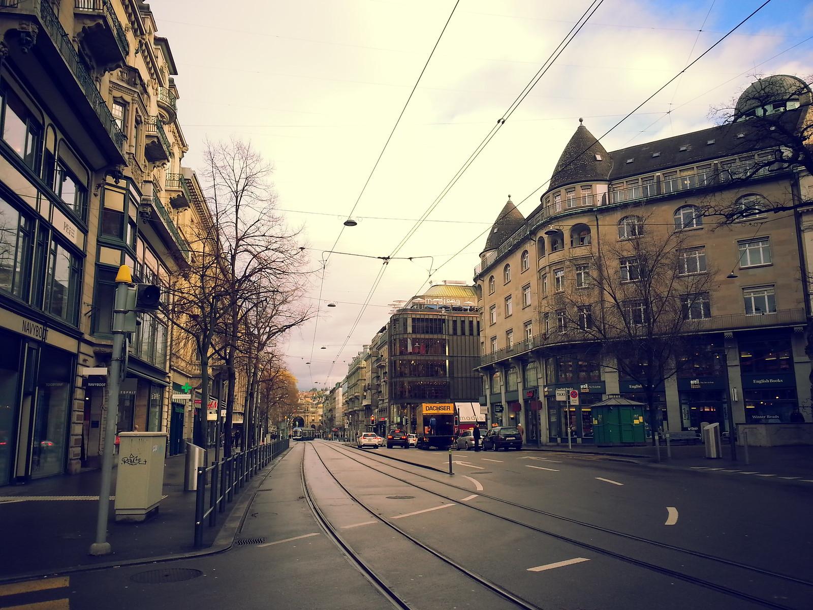 16-01-31 (Zurich) Banhofstrasse.