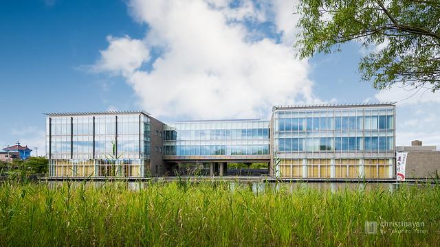 Full view of Tohoku University of Community Service and Science, Tsuruoka Campus (東北公益文科大学鶴岡タウンキャンパス)