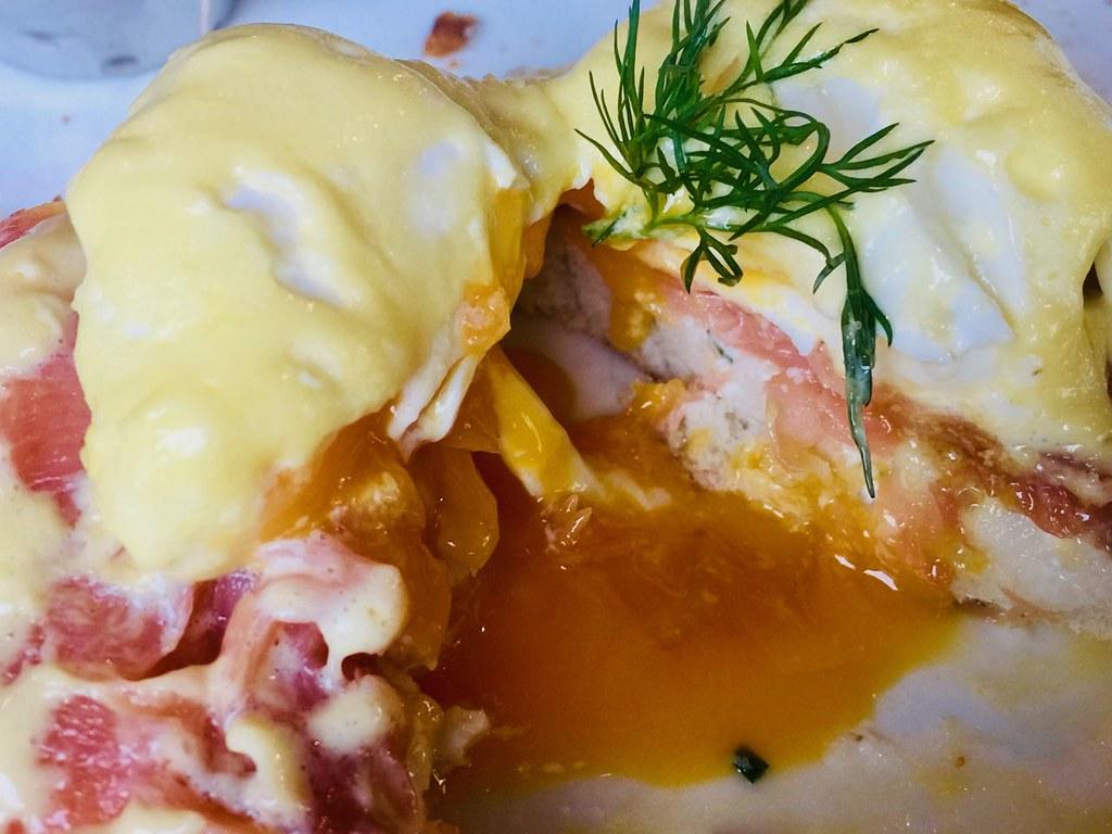 thebeltliner-eggsbenedict5