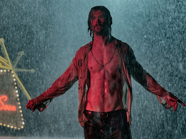 Chris Hemsworth Bad Times as the El Royale