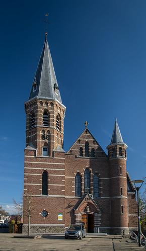 Gellik, Sint-Laurentiuskerk.