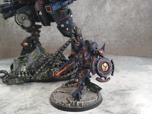 KX139 Taunar Supremacy Armour with Battlesuit Commander00013