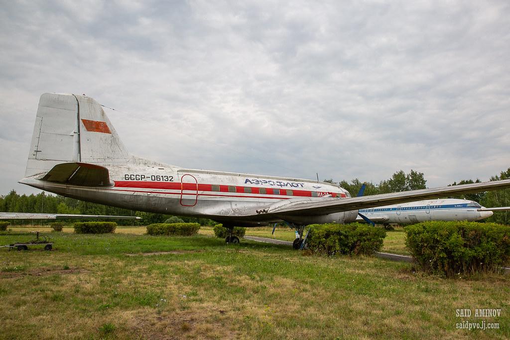 H18A3805