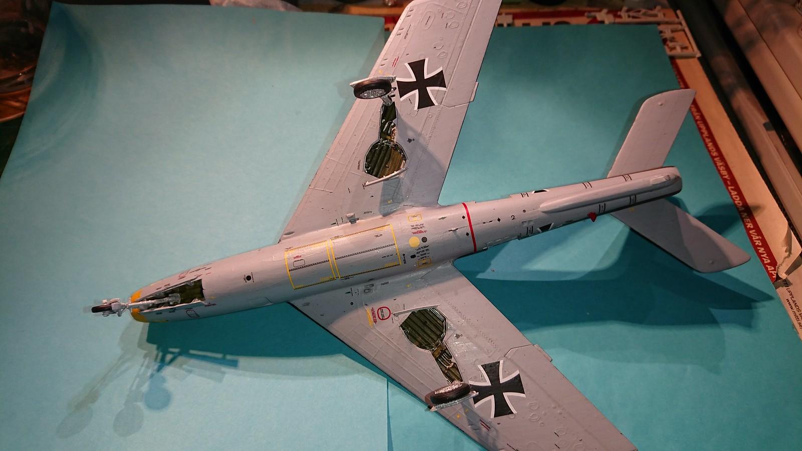 Bundesluftwaffe F-84F JaboG 33 - Revell 1/48 - Sida 6 45163941564_dd887b48f3_h