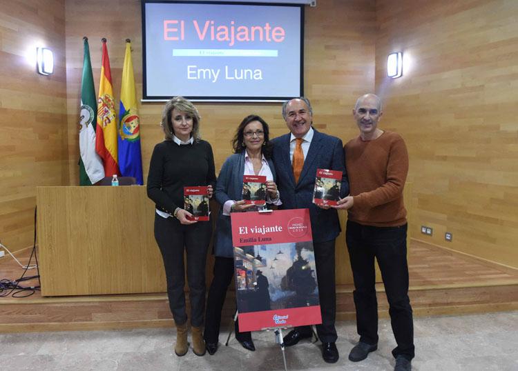 La escritora algecireña Emy Luna presenta su primera novela