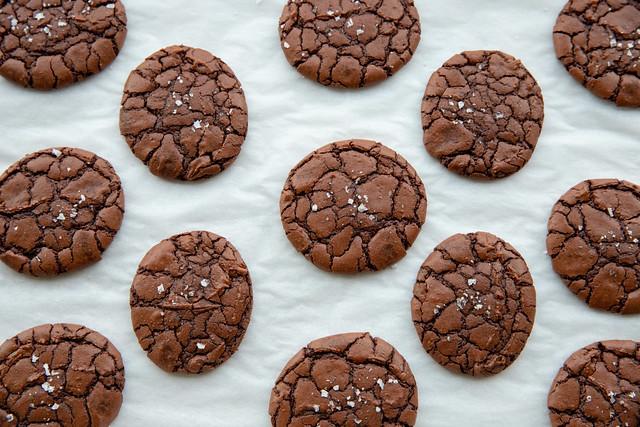 Brownie Crinkle Cookies with Sea Salt | Food Librarian