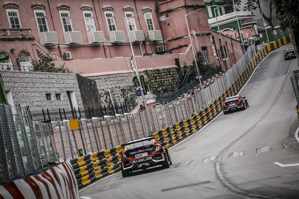42 SCHEIDER Timo (AUT), ALL-INKL.COM Muennich Motorsport, Honda Civic TCR, action during the 2018 FIA WTCR World Touring Car cup of Macau, Circuito da Guia, from november  15 to 18 - Photo Francois Flamand / DPPI