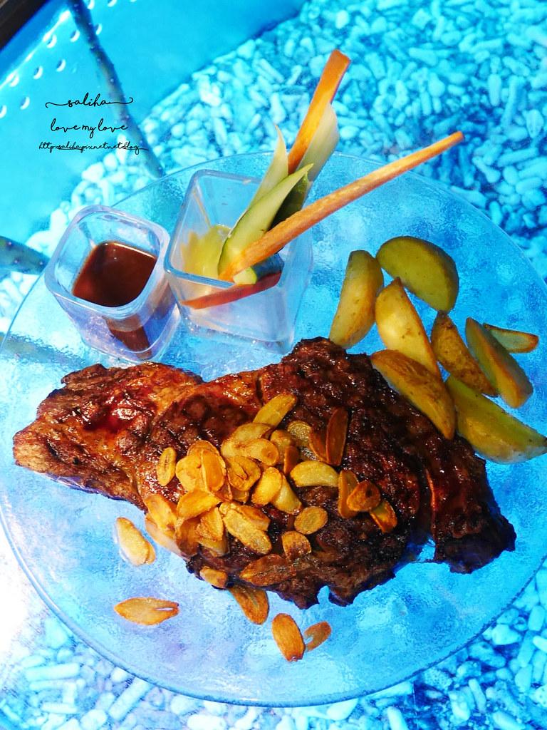 台北陽明山夜景景觀餐廳THETOP屋頂上池畔座位好吃餐點義大利麵牛排排餐德國豬腳推薦 (3)
