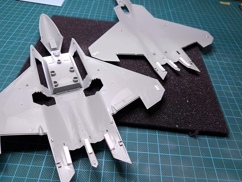 Academy 1/72 F-22A Air Dominance Fighter - Sida 3 31994911168_b692f433b4_c