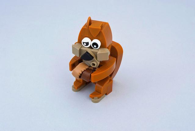 Squirrel, Pentax K200D, smc PENTAX-DA 18-55mm F3.5-5.6 AL II