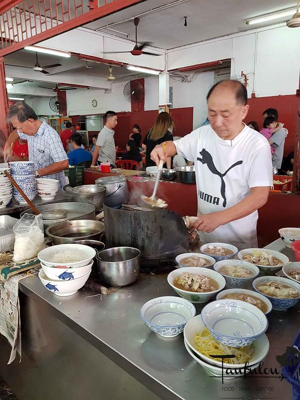 Seafood Pork Noodles (3)