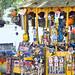 11. El tranvía de Getulio, en el barrio de Santa Teresa, repleto de juguetitos