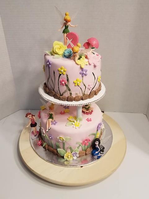 Cake from Luz Cruz DBA Cakes by Luz