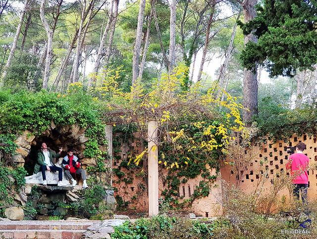 Pasar la tarde en el laberinto de Horta  (17)