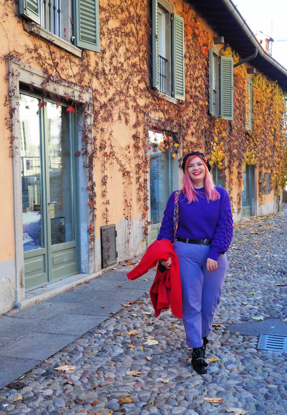Outfit plus size curvy viola e rosso (2)