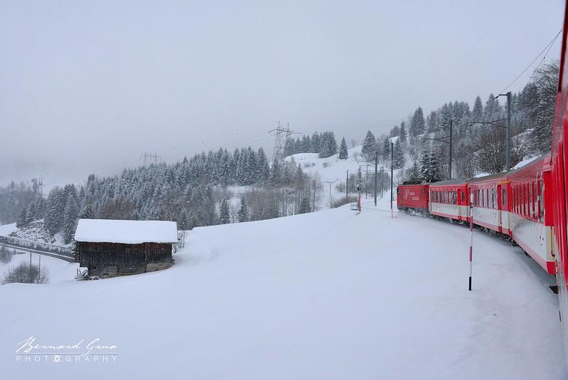 Entre Acla da  Fontauna et Mumpe-Tujetsch, vVoyage Bernard Grua - Glacier Express  - Matterhorn Gotthard Bahn