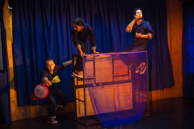 """Obra Teatral """"Locura cotidiana a través de la imaginación"""""""
