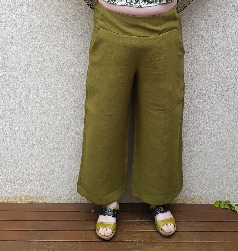 Style Arc Fifi pants in linen