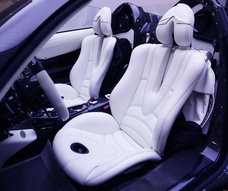 1503e26c-pagani-huayra-roadster-for-sale-7