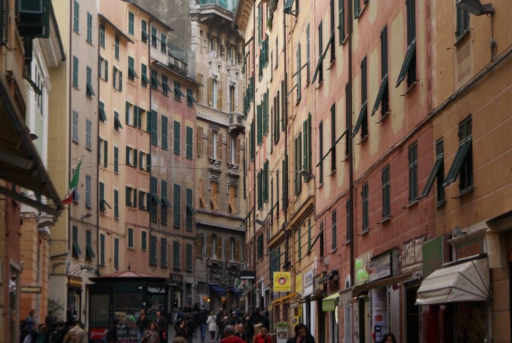 La belle via San Vincenzo à laquelle le quartier doit son nom.