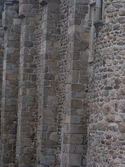 20080515 23385 0905 Jakobus Champdieu Mauer Stein_K
