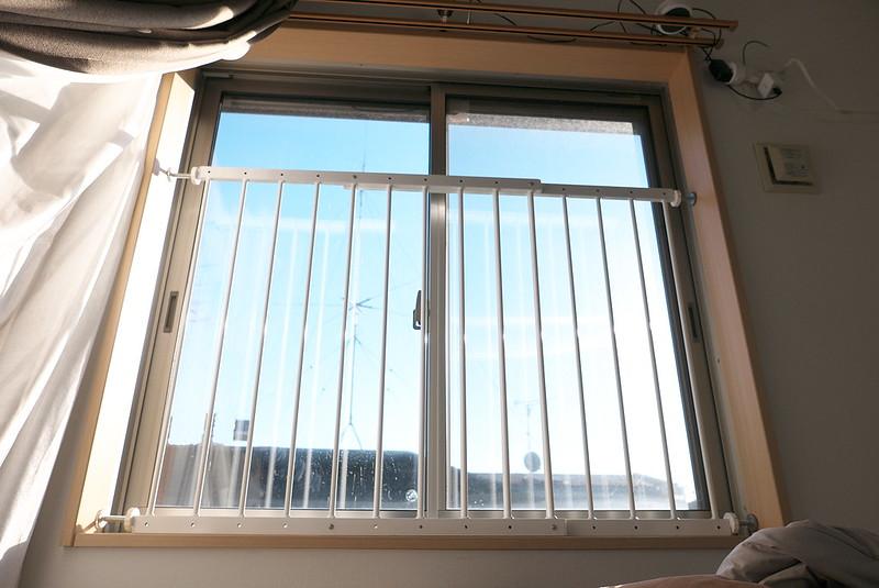 ベビーゲートと窓用転落防止柵