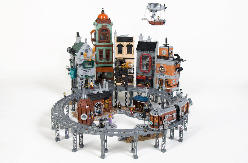 LEGO Steampunk City: Moon City