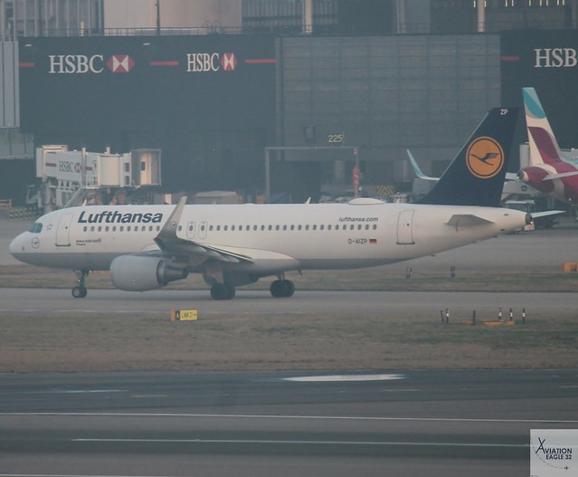 Lufthansa A320-214 D-AIZP taxiing, Canon EOS 1200D, Canon EF-S 55-250mm f/4-5.6 IS STM