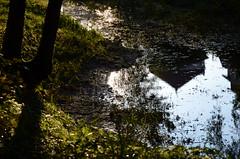 Reflet dans le canal - Photo of Douvres