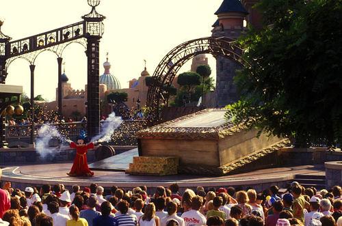 Mickey comme chez lui à Disneyland Paris