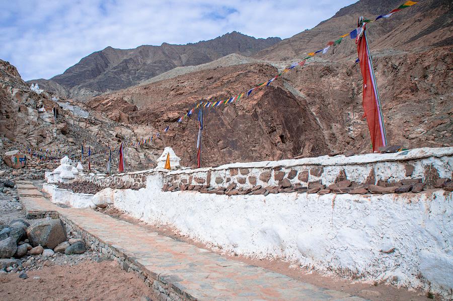Хундар гомпа (монастырь Хундар), Ладакх © Kartzon Dream - авторские туры в Гималаи, тревел фото