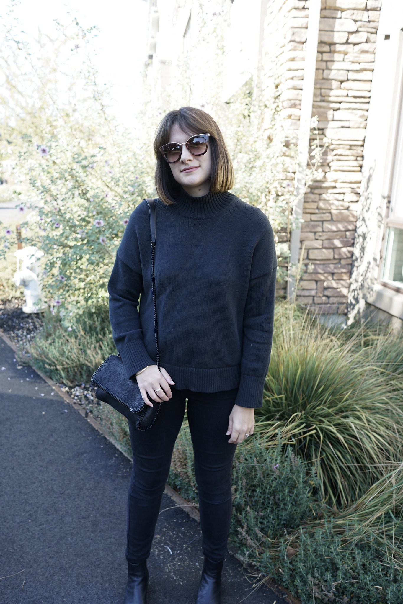 Everlane, All black, OOTD, mom style, mom blog, mommy blogger, Fashion, American Apparel, Senso booties, Steall McCartney, Falabella bag