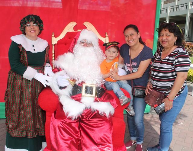 Universidad de San Martín de Porres realizó  tradicional Navidad del Niño Sanmartiniano 2018