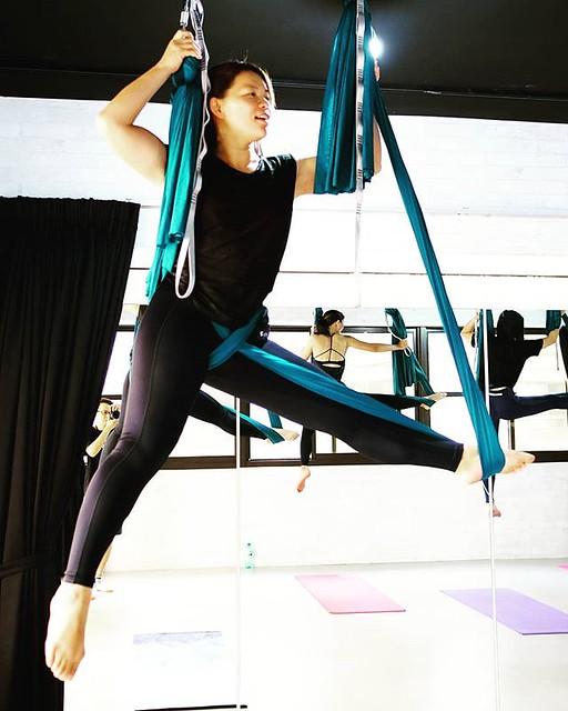 20181206 #40歲以後找回自己 #有運動沒在怕的 #空中瑜伽 #aerialyoga