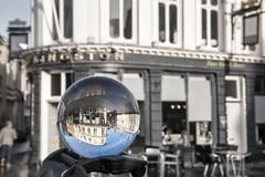 Kingston Pub Lensball