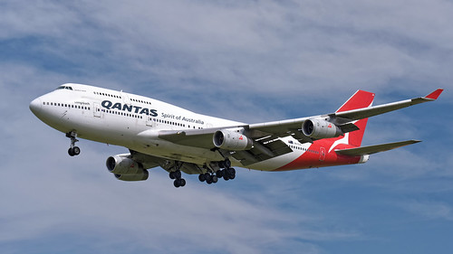 Boeing 747-438 - VH-OJS
