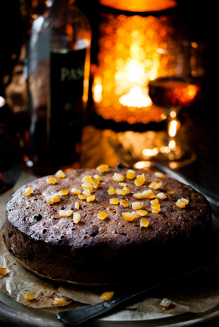 Spiced rum butter mincemeat cake