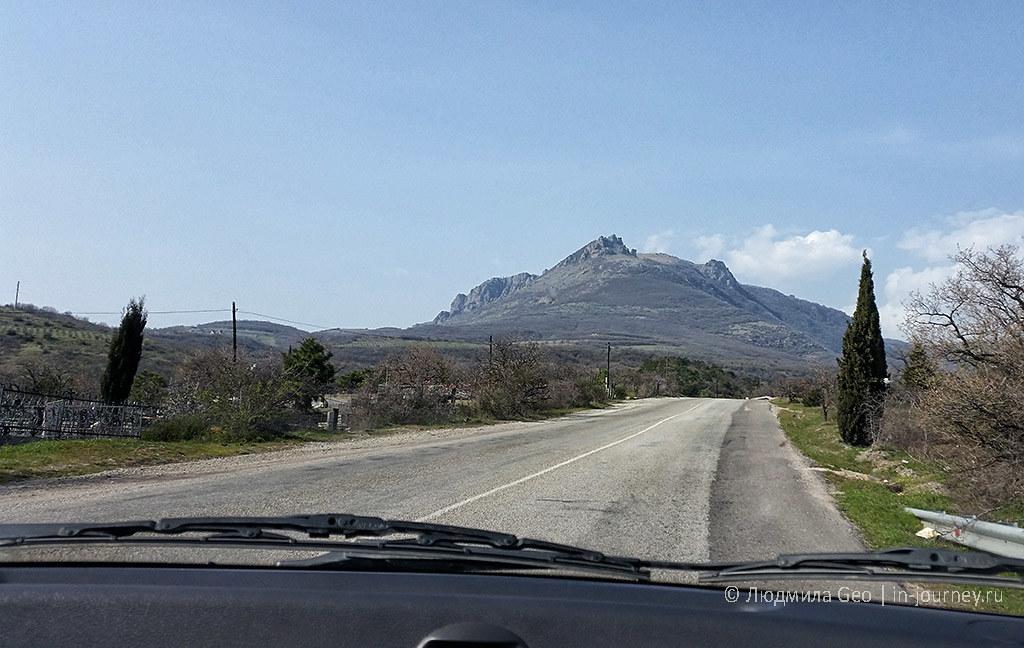 дороги в крыму с видом на горы