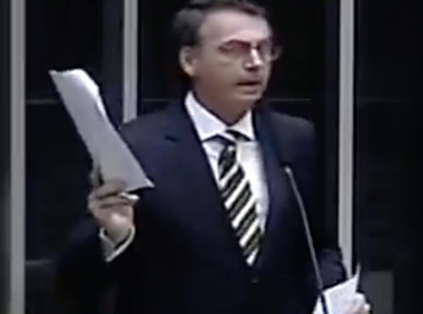 Bolsonaro era contra vinda de familiares de médicos cubanos; assista ao vídeo, Bozo em 2013