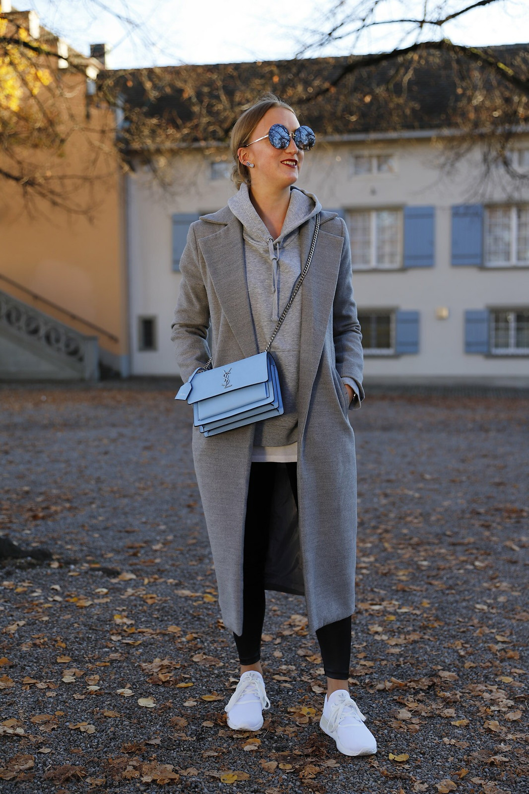 ysl-bag-and-sneakers-whole-look-front-wiebkembg