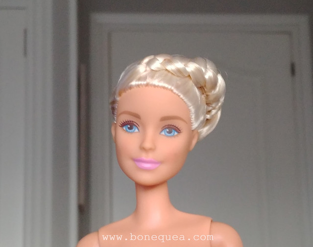Barbie Fashionistas #104, restyled.