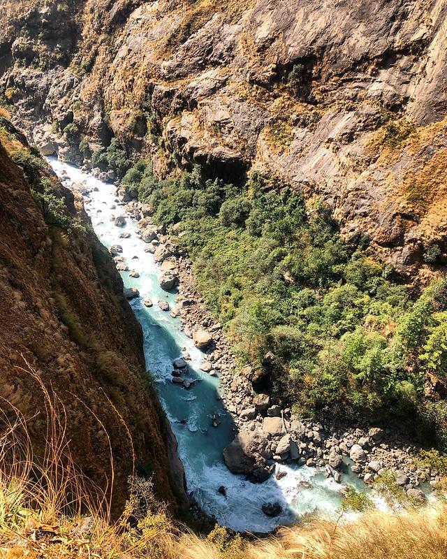 Короткий Бутан и Annapurna Circuit в зимний несезон